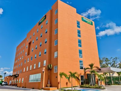 City Express Junior Ciudad del Carmen