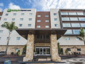 Hotel Holiday Inn Express & Suites Celaya